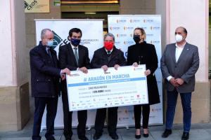 Donación Fundación CREA y Aragón en Marcha