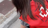 Cruz Roja Huesca sale a la calle para recordar el buen uso y desecho de mascarillas y guantes