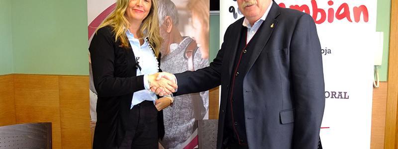 Convenio entre Cruz Roja y Asociación de Comercio en pro del empleo