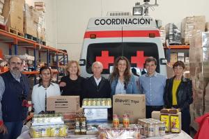 Cruz Roja recibe la visita de la subdelegada del Gobierno al inicio del programa de ayuda alimentaria