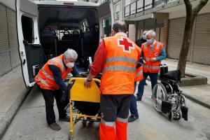 Cruz Roja Somontano apoya la campaña de vacunación con su servicio de transporte adaptado